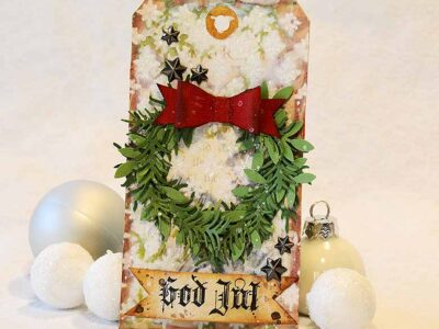 Christmas Tag with a wreath