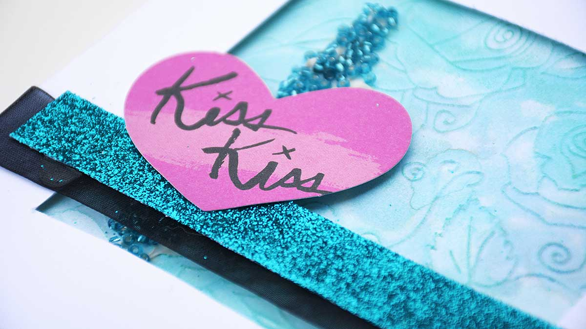 Kiss, kiss - card by Helens Color Life