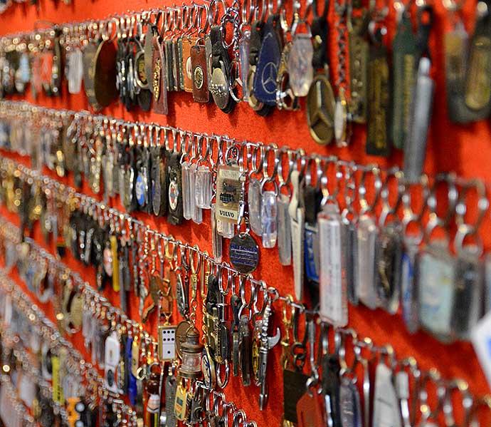 arnolds-nyckelringar-av-helen-thalen