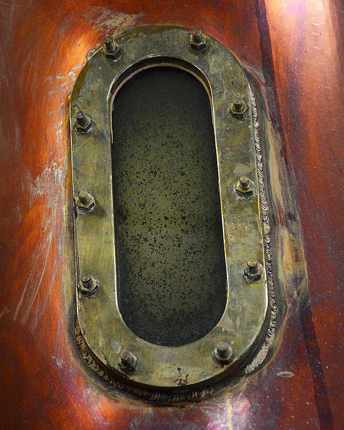 box-destilleri-by-helen-thalen
