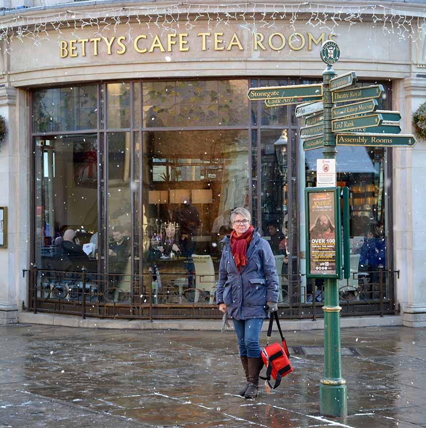 Bettys Cafe Tea Room av Helen Thalen