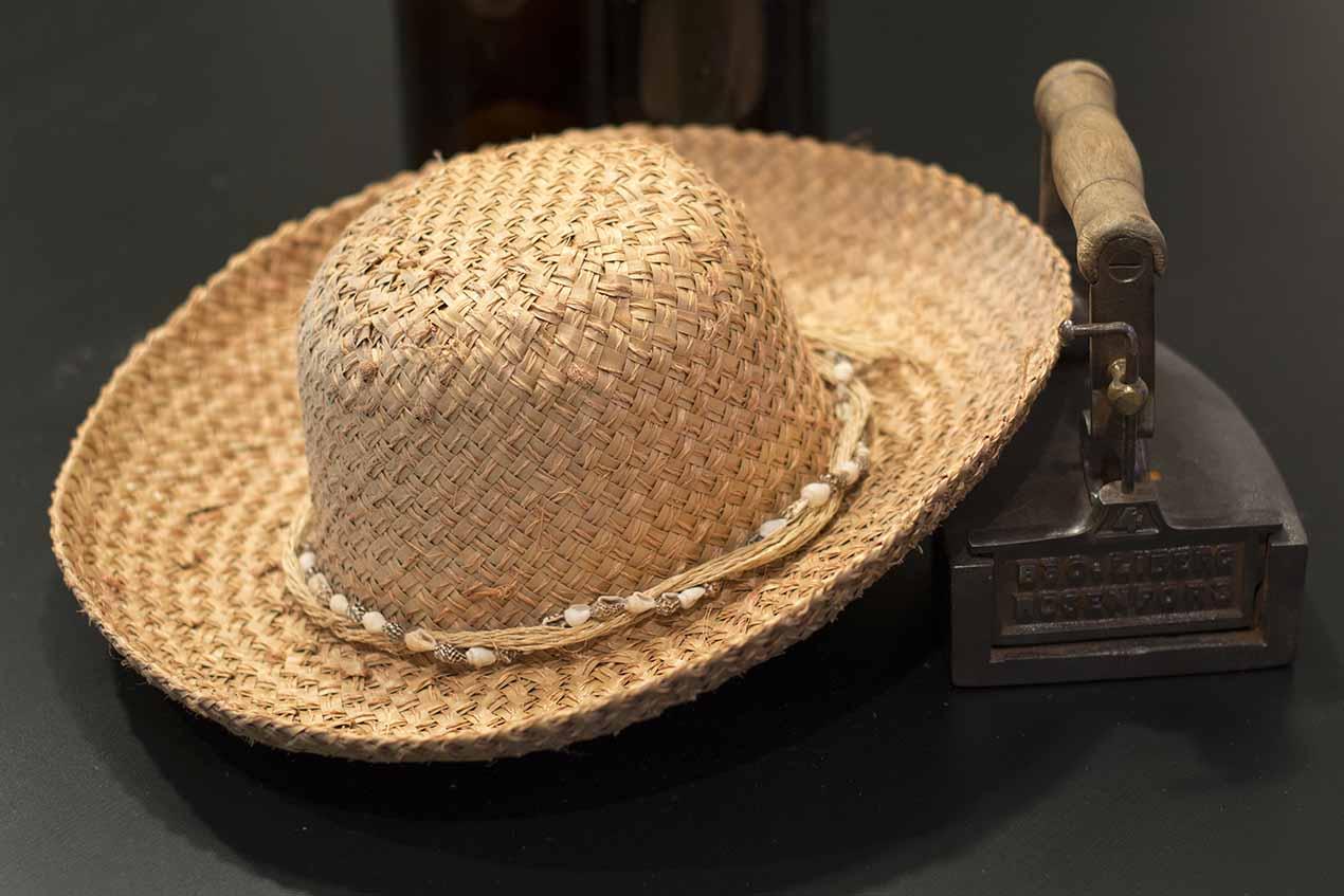 102: Hatt (21/365)